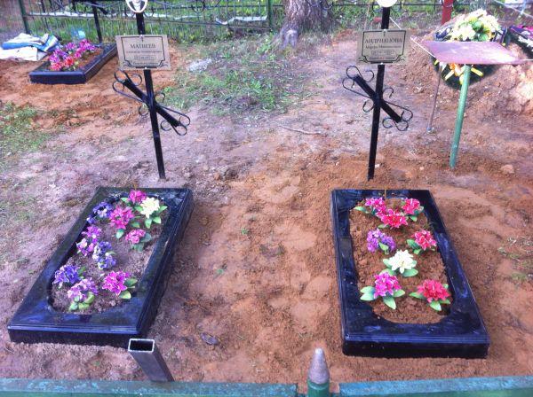 Цветник на могилу (Литьевой №002)