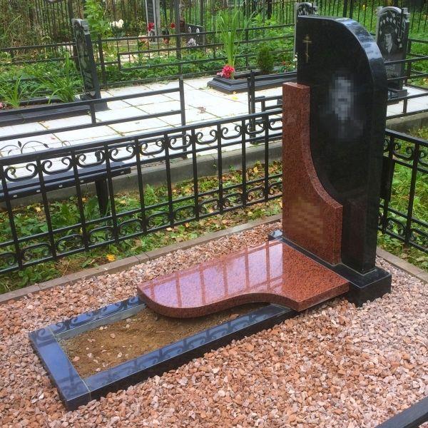 Памятник на могилу: Комбинация камня №001
